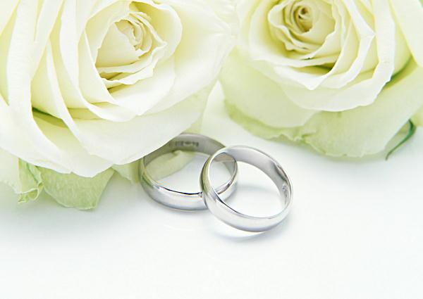 結婚するまにすること
